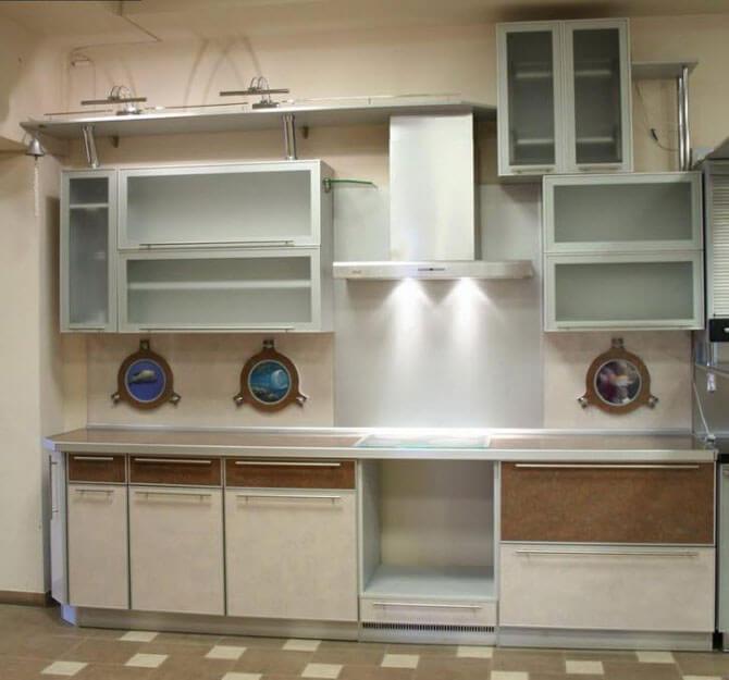 Алюминиевые фасады для кухни: профили и рамки.