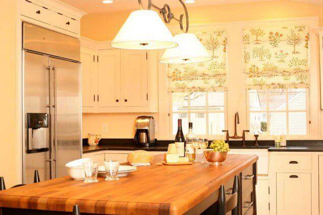 короткие занавески на кухню фото
