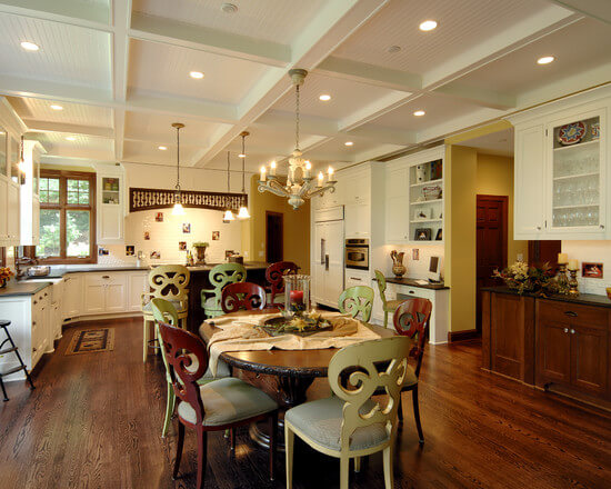 Кресла для кухни в классическом стиле