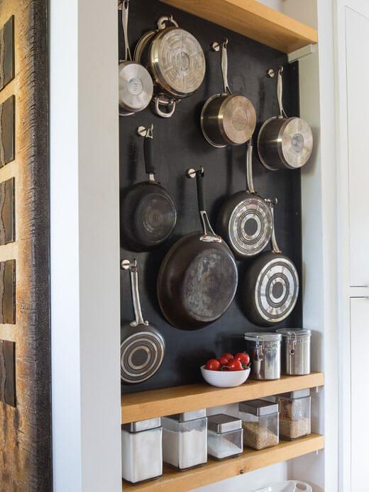 набор столовой посуды для кухни