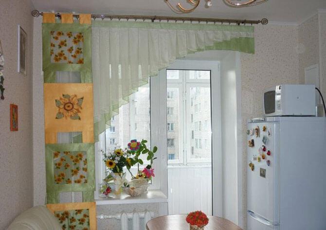 Короткие занавески на кухню фото своими руками