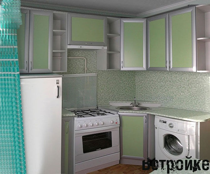 Дизайн кухни в хрущевки 6 квм с колонкой и холодильником