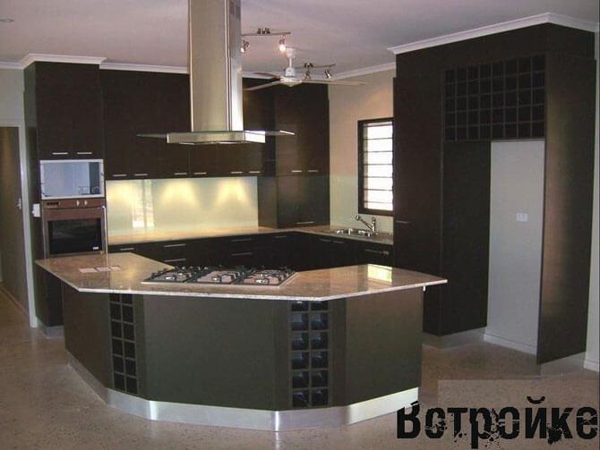 дизайн кухни черно белого цвета