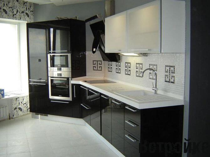 Фото кухни в черно-белом цвете