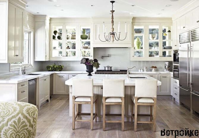 кухня с двумя окнами дизайн
