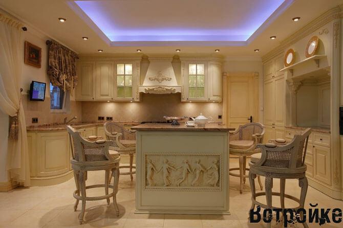 кухня в загородном доме фото