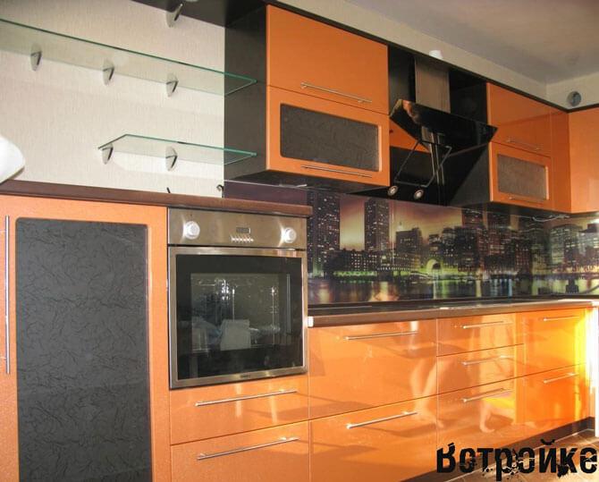 Дизайн кухни оранжевого цвета фото