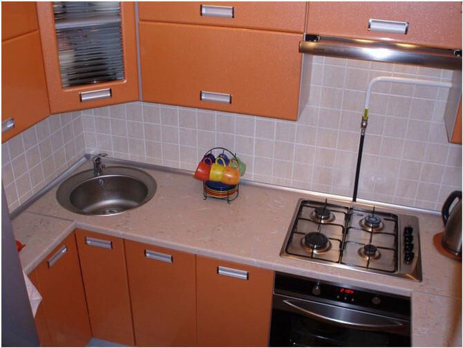 Кухня в хрущевке: дизайн, ремонт и фото интерьера: http://www.vstroyke.com/dizajn-kuxni-v-xrushhevke/
