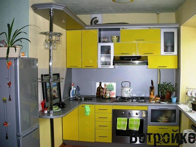 цвет мебели для маленькой кухни