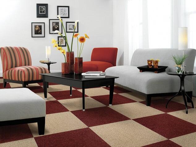 ковры в интерьере гостиной фото