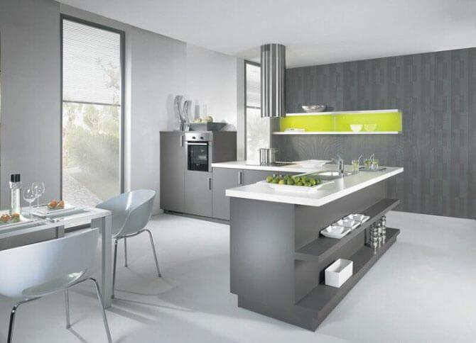 кухня серая в интерьере фото