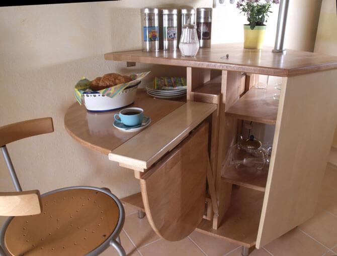 Стол кухонный для маленькой кухни