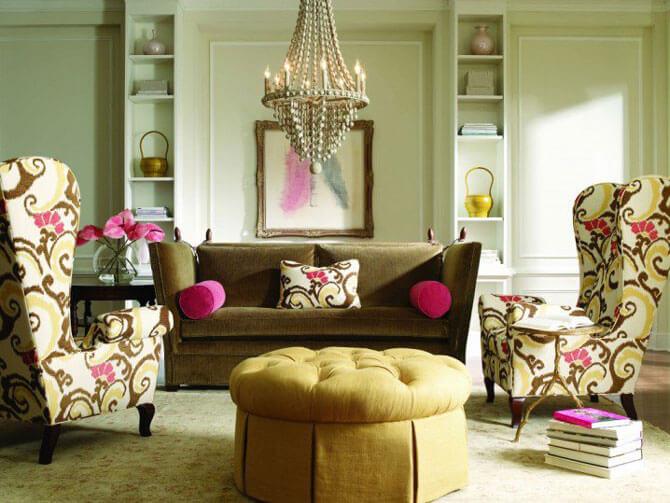 Стеганый стол в интерьере гостиной