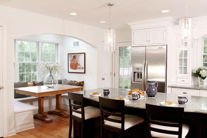 Встроенная мебель для кухни в классическом стиле