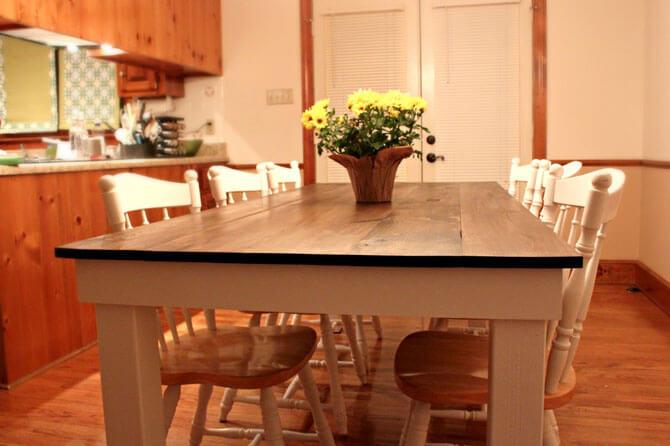 Дешевый стол для кухни