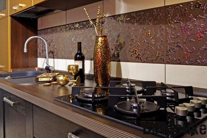 Панели для фартука на кухне из керамической плитки