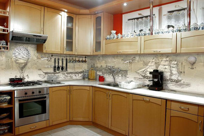 Cтеклянные фартуки на кухню с фотопечатью
