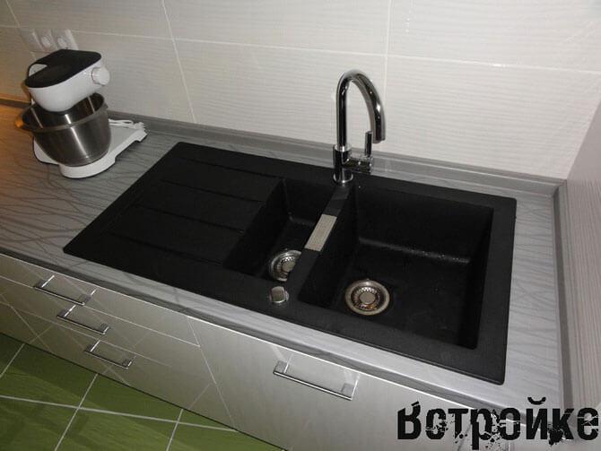 Столешница белая для кухни