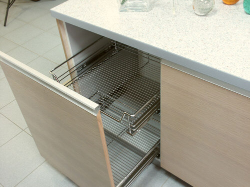 Выдвижные ящики для кухни -