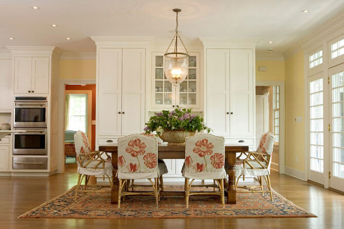 мягкие деревянные стулья для кухни