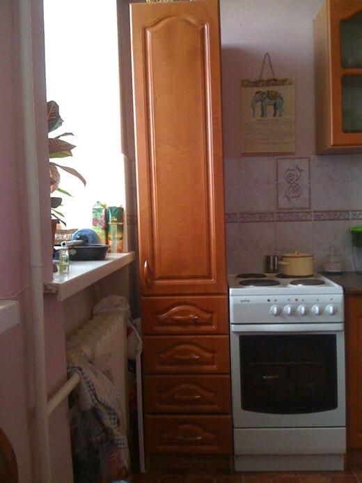 Пенал для маленькой кухни