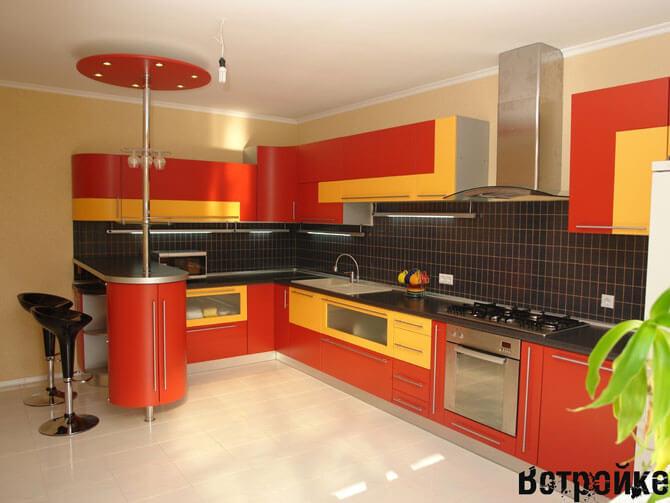 Г-образная кухня