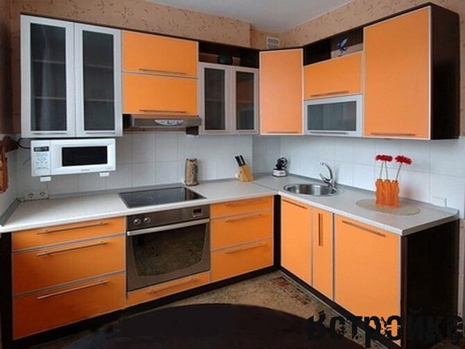 Пластиковые кухонные фасады