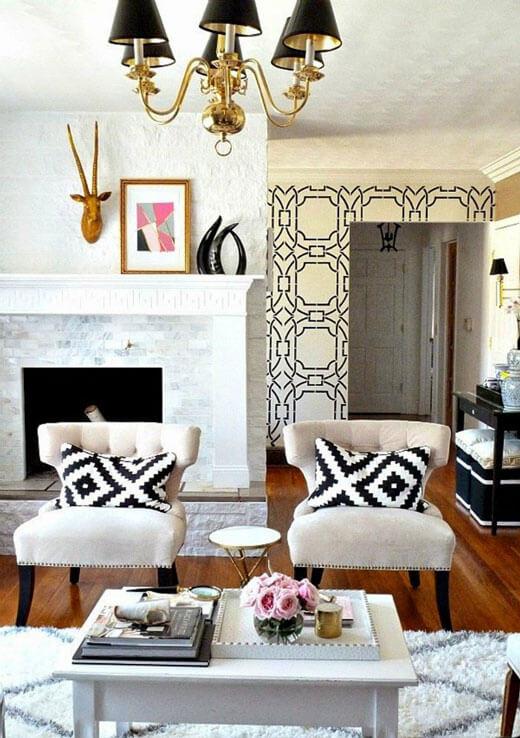 Стильные кресла для гостиной