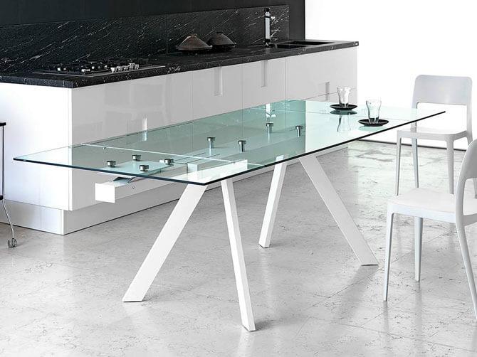 Стеклянный раскладной стол для кухни