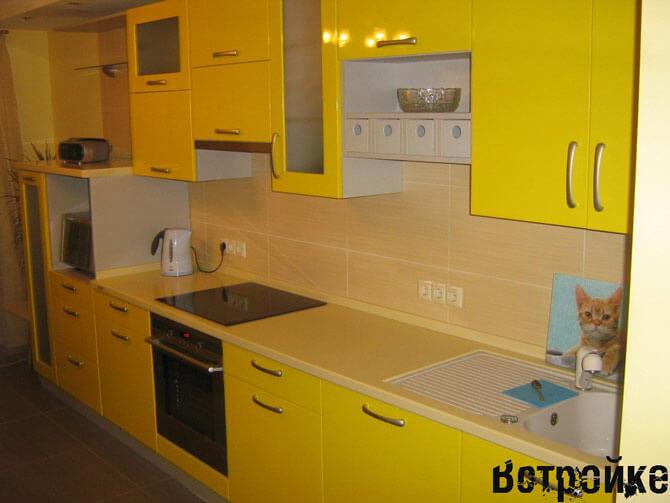 Желтый цвет кухонных фасадов