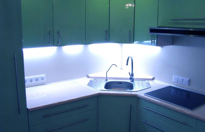 Дизайн кухни хай тек фото 4