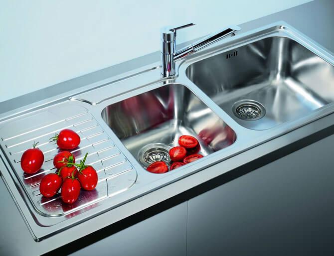 Квадратные кухонные мойки