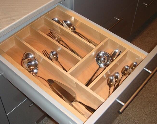 Выдвижной лоток для столовых приборов фото 4