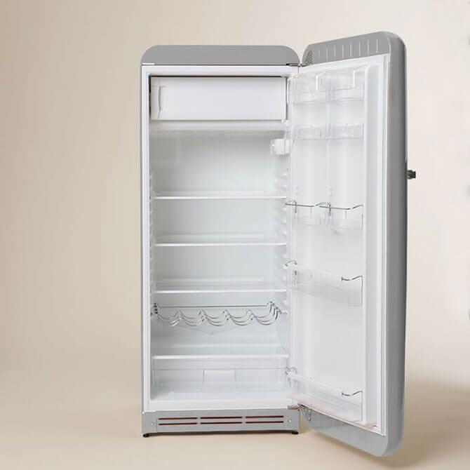 Холодильник Smeg серебристый фото 2